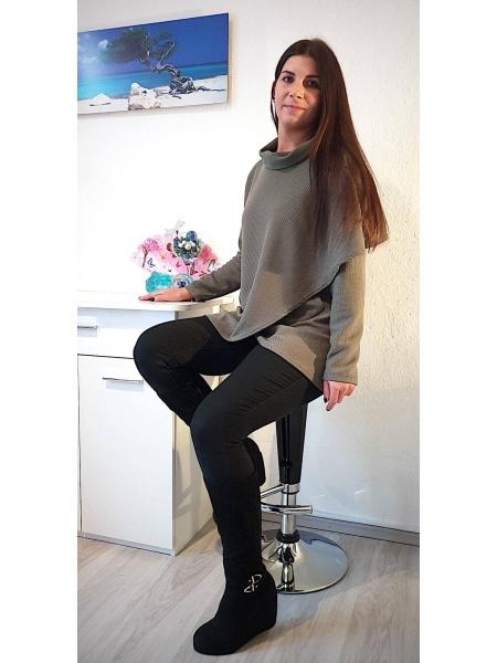 NXM-202 kerekített garbós pulóver keki